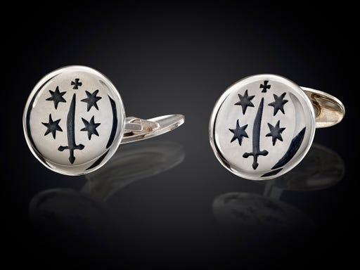 manchetknopen met het wapen van Haarlem uit de serie City Jewels