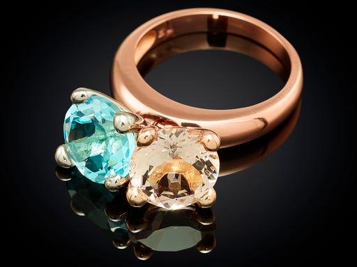 ring-roodgoud-danser-blauw-topaas-morganiet-sieraden-in-stijl