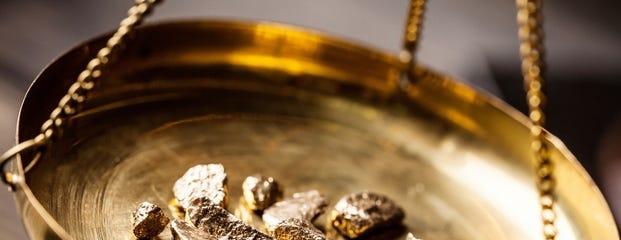 oud goud familiegoud sieraad van oma nieuw sieraad door goudsmid edelsmid haarlem oisterwijk nieuwerkerk aan den ijssel