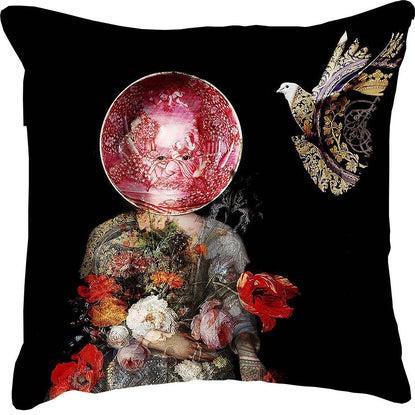 Cushions La Femme des Oiseaux