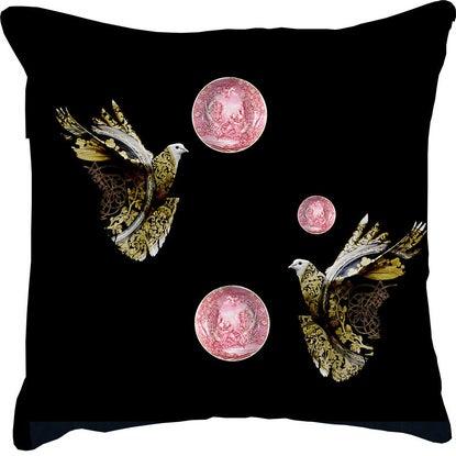 Cushion La Porcelaine des Pigeons