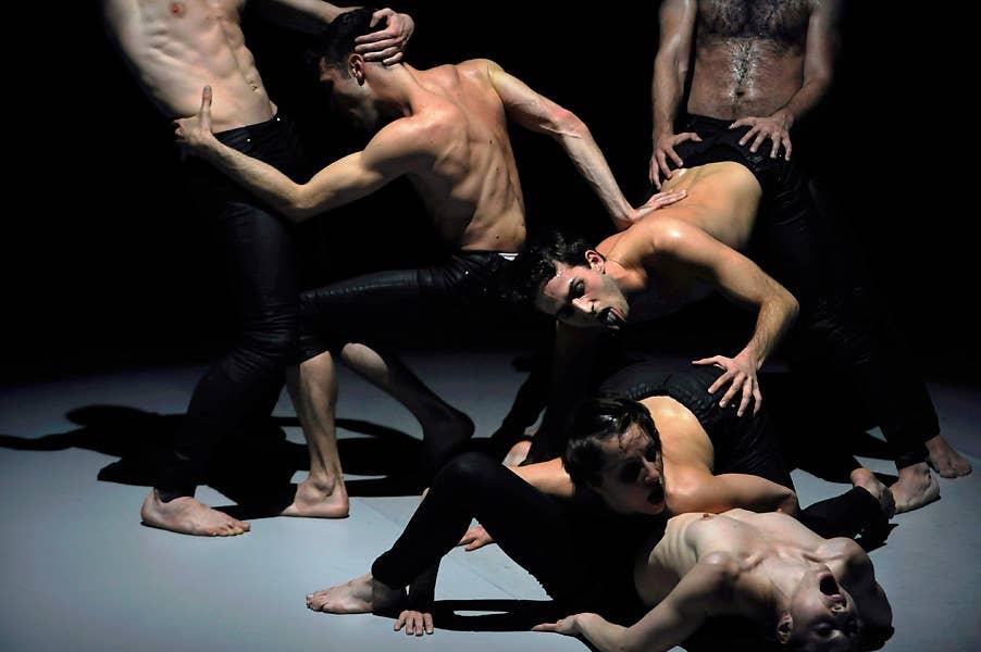 Wiek, Schweigman&. Fotoserie genomineerd voor de TIN TheaterFotoPrijs2009/10, 2e geëindigd.
